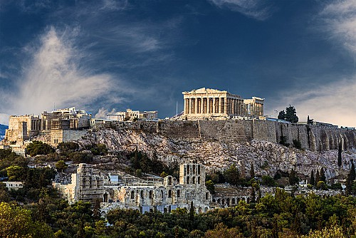 It's time to buy VAT-exempt real estates in Greece for an EU permanent residence permit