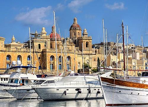1054 Maltese citizens through investment