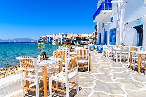Faster permanent residence process in Greece for Chine applicants