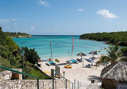 Antigua price plummets for families
