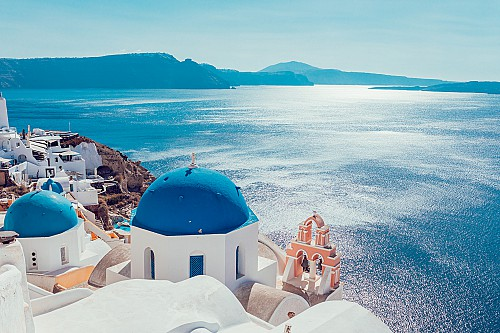 Greece restarts the permanent residency by investment program.