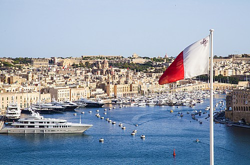 How can you become a citizen in Malta through investment from 2021?