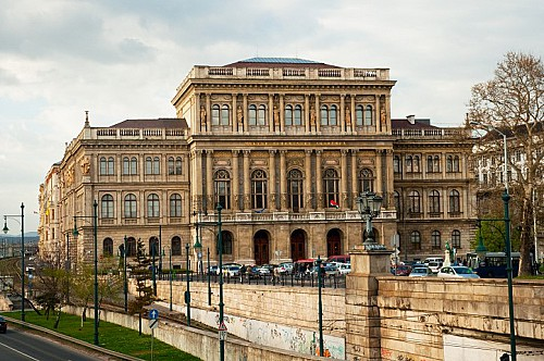 Hungary to spend more money on research