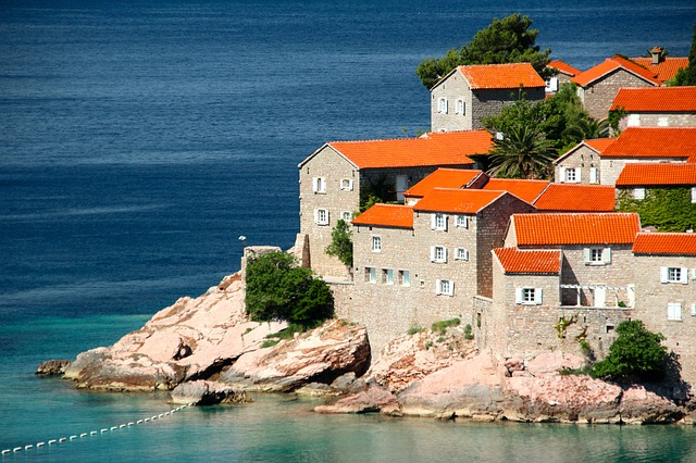 Montenegro real estate market and the citizenship by investment program