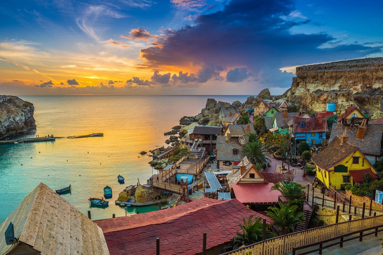 How to get Malta citizenship?